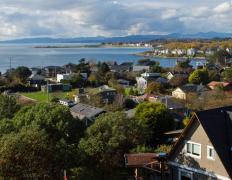 如何在加拿大的不列颠哥伦比亚省买房