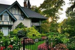 能说一下加拿大买房流程介绍吗?